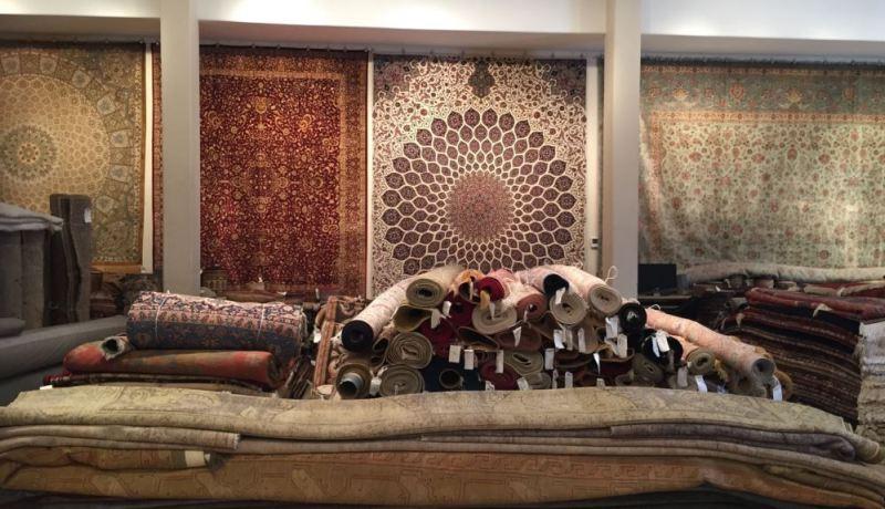 المسجد الكبير مشروع حضاري وثقافي لابد أن يفرش بتحف فنية